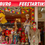 Storefront clothing, wigs and accessories in Amsterdam Royalty Free Stock Photos