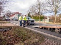 storen för krasch för bilbilsammanstötning har huvudvägen iced hastighet Royaltyfria Foton