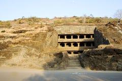Storied grottatempel, Ellora Arkivbild