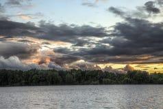 Storm över en sjö Royaltyfri Fotografi
