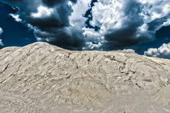 Storm över kaolindyn royaltyfria foton