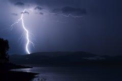 Storm över Yenisei River, Sibirien Arkivbilder