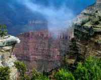 Storm i Grand Canyon royaltyfri bild