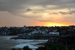 Storm och solnedgång över Bronte Arkivfoto