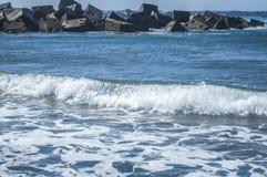 storm Ondes et mousse de mer photographie stock