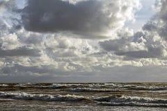 Storm på Östersjön royaltyfria foton