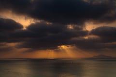 Storm på solnedgången Arkivbilder