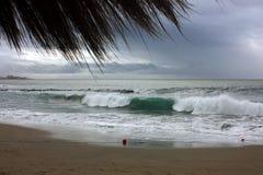 Storm på stranden Fotografering för Bildbyråer