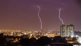 Storma i staden Ribeirao Preto, Sao Paulo - Brasilien - bulten Royaltyfri Fotografi