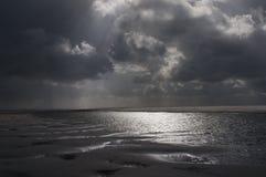Stormachtig overzees landschap Stock Afbeelding
