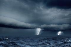 Stormachtig weer in overzees Royalty-vrije Stock Foto