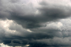 Stormachtige de zomerhemel Stock Foto's