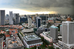 Stormachtige hemel over Singapore Royalty-vrije Stock Foto's