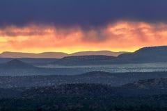Stormig Arizona solnedgång Arkivbilder