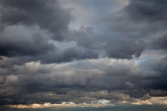 stormig bakgrundssky Fotografering för Bildbyråer