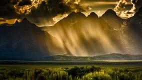 Stormig eftermiddag i Tetonsen Fotografering för Bildbyråer