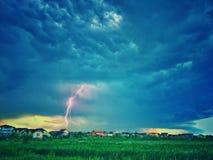 Stormig himmel för blixtslag Arkivfoto