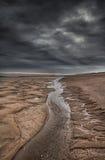 Stormig himmel på stranden Royaltyfri Bild
