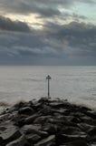 stormig kust Royaltyfri Foto