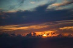 stormig mörk sky clouds dystert Mulet väder royaltyfria foton