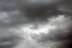 stormig sky Arkivbilder