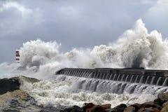Stormiga Atlantenvågor Royaltyfri Bild