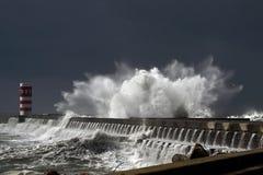 Stormiga vågor Royaltyfri Bild