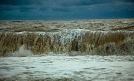 stormiga waves Royaltyfria Bilder