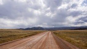 Stormigt landskap i Colorado med berg och dalen Arkivfoto