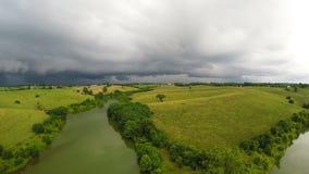 Stormigt väder över central Kentucky bygd stock video