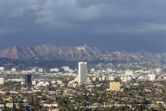 Stormmoln över Hollywood Arkivbild