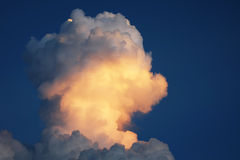 Stormmoln i himlen Royaltyfria Bilder