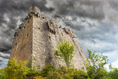 Stormy sky over castle Royalty Free Stock Photography