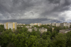 Stormy sky over city Royalty Free Stock Images