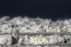 Stormy waves Royalty Free Stock Photos