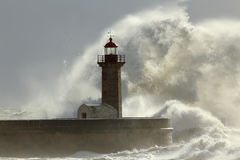Stormy waves over lighthouse Royalty Free Stock Photography