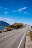Storseisundet-Brücke in Norwegen stockbild