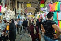 Storslagen basar i den Teheran staden, Iran royaltyfria bilder