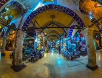 Storslagen basar, Istanbul, Turkiet royaltyfria bilder