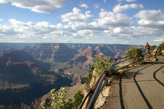 storslagen fotvandra fotografi för kanjon Royaltyfri Fotografi
