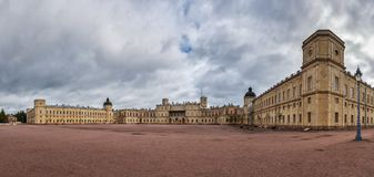Storslagen Gatchina slott, Gatchina, St Petersburg Arkivbild