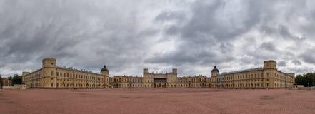 Storslagen Gatchina slott, Gatchina, St Petersburg Arkivbilder