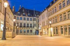 Storslagen hertiglig slott, Luxembourg fotografering för bildbyråer