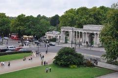 Storslagen ingång till Hyde Parken i London Royaltyfria Foton