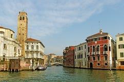 Storslagen kanal i Venedig. Arkivfoto