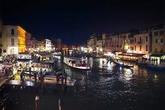 Storslagen kanal i venice, Italien arkivfoto