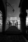 Storslagen kanal i venice, Italien Arkivbild