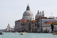 Storslagen kanal Venedig Royaltyfri Bild