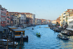 Storslagen kanal Venedig Fotografering för Bildbyråer
