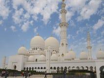 Storslagen mosk? Abu Dhabi, UAE royaltyfria foton
